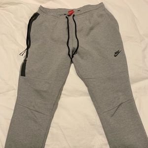 Nike tech fleece sweat pants x large grey